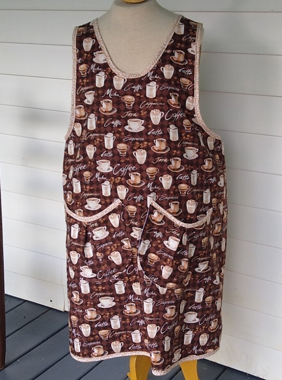 Coffee Lover's Apron, size 14-16 adult